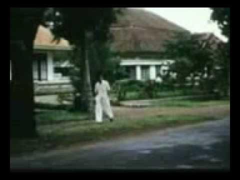 Bandung, Indonesia- 1960- A Walk Through The City- Tempo Doeloe