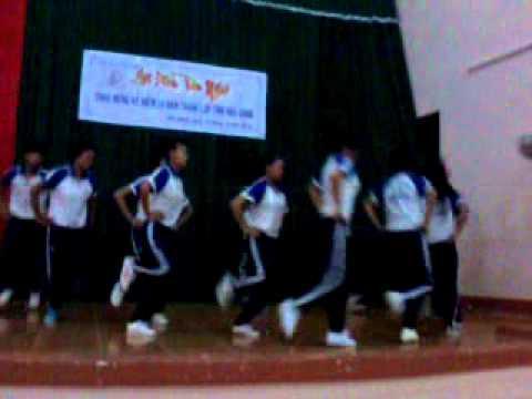 Trường DTNT Hậu Giang múa aerobic lớp 12a2 2013