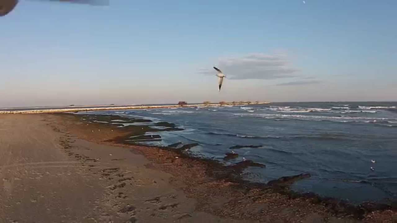 Matrimonio Spiaggia Sottomarina : Ultimo tramonto dell anno sulla spiaggia di sottomarina
