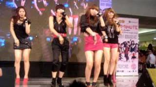 "100206 4minute in Manila - ""Hot Issue"""
