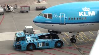 Plane spotting at Schiphol Airport 17 august 2013