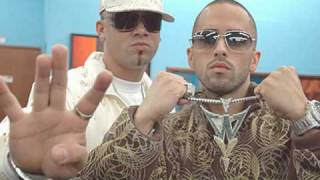 Watch Wisin  Yandel Me Tienes Delirando video