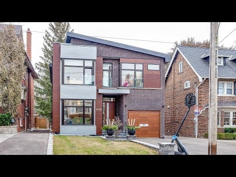 Excellent Single Family Dwelling With Awesome Staging, Toronto, Canada