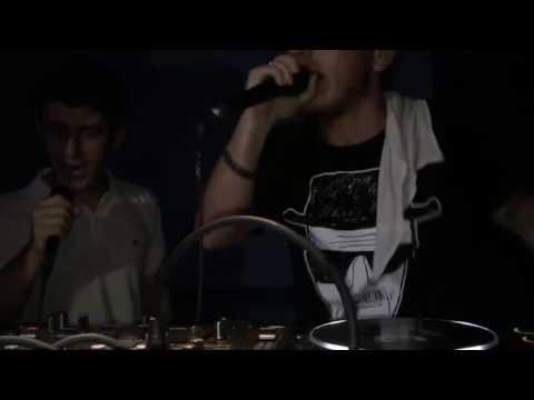 Elleran Elvis - Eşya 7 (Live)