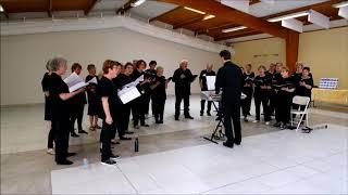La Pas'Chorale de Garennes sur Eure, lors de la journée Portes Ouvertes du 15 juin 2019. Adiemus œuvre du compositeur gallois Karl Jenkins, qui a composé ...
