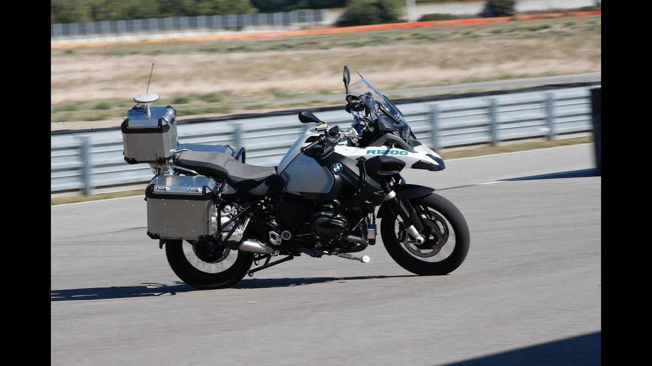 מדהים את העולם: BMW האופנוע האוטונומי של BMW