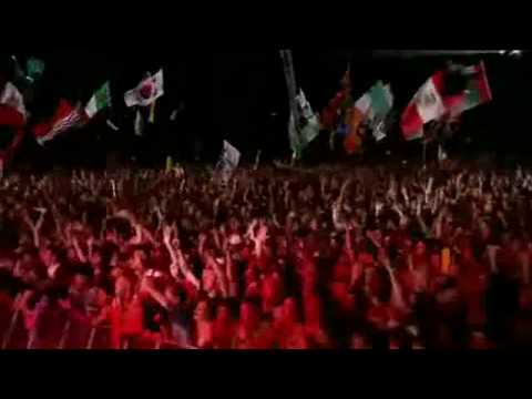 Blur - Song 2 - Live Glastonbury