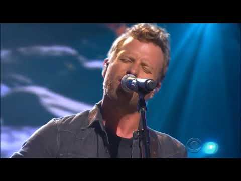 Country Stars perform a medley tribute for the great Glen Campbell live in concert 2017 HD