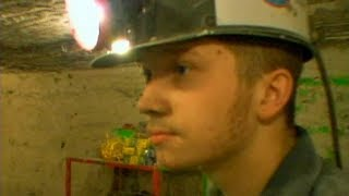 Young coal mine workers l Hidden America: Children of the Mountains PART 5/6