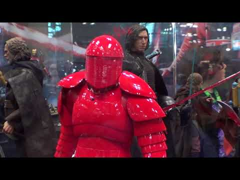 Hot Toys Elite Praetorian Guard figures at NYCC 2017