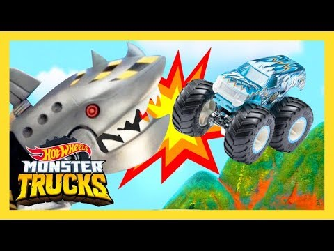 Monster Trucks Battle Mecha Shark Monster Trucks Island Hot Wheels Youtube