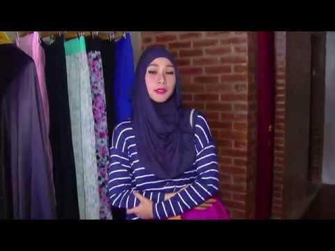 "Selebritips - Zakia Adya Mecca ""Tips Fashion Berhijab"""
