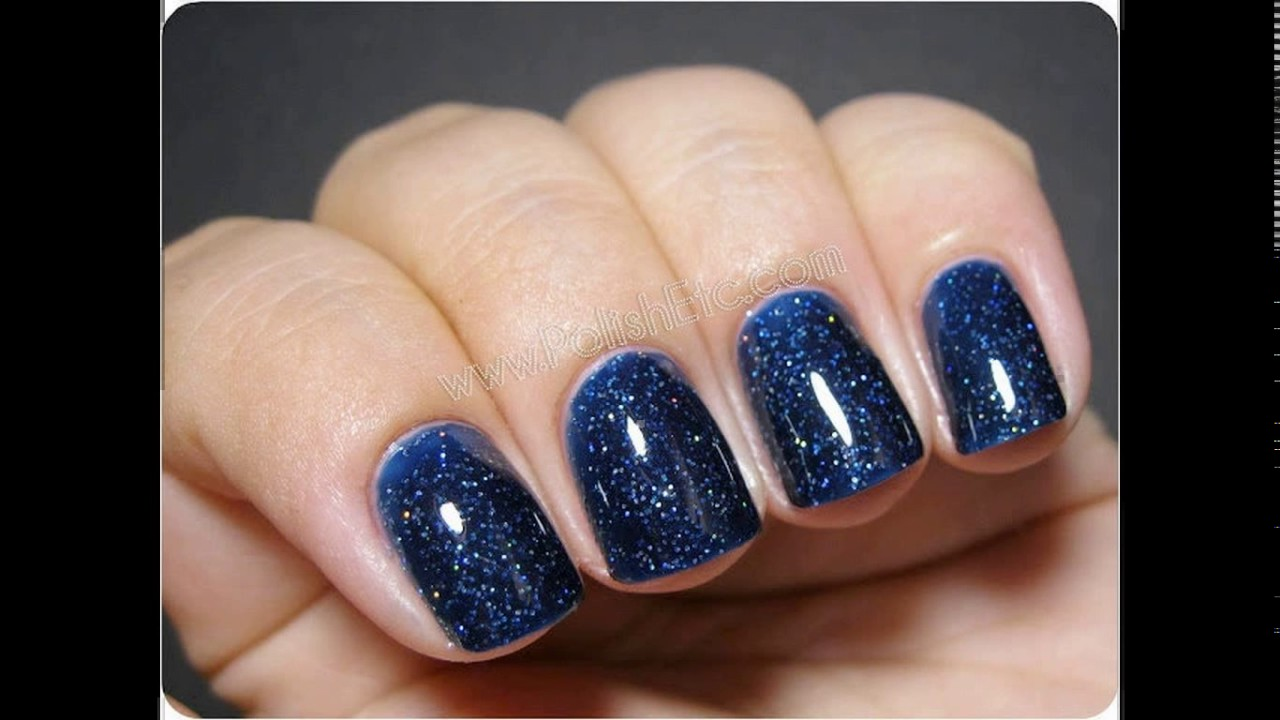 navy blue nail polish design