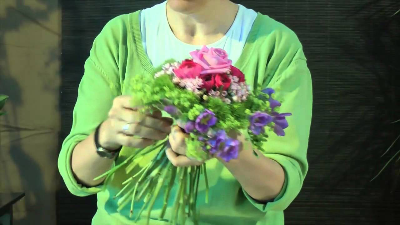 Trabajo floral Biedermeier - YouTube