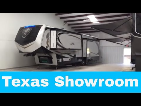 Texas Showroom for Luxe luxury fifth wheels