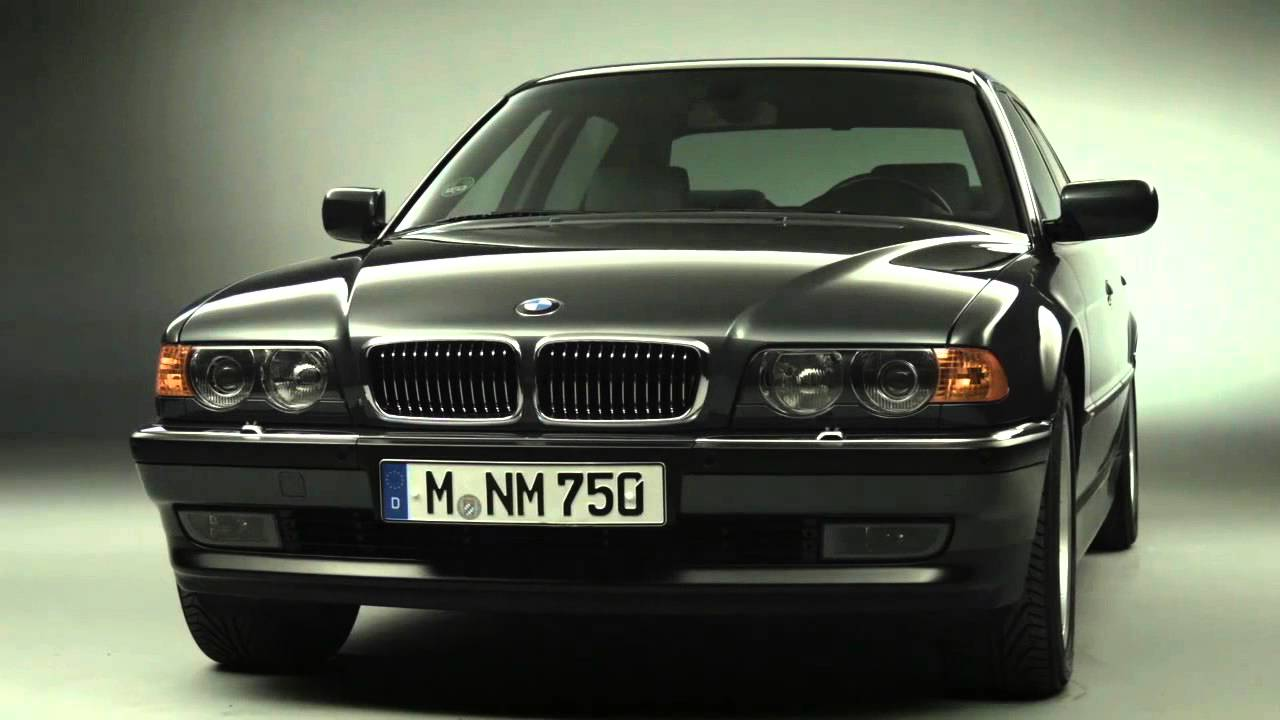 Past Generations of the BMW 7 Series