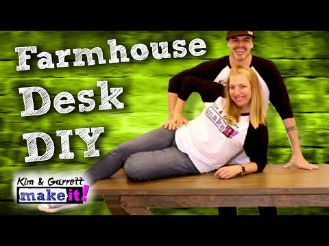 How To Build An Easy Farmhouse Desk | DIY