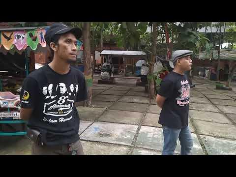 Digoreng Dadakan Anget Anget Di Panggung Band Sobat Cover Youtube