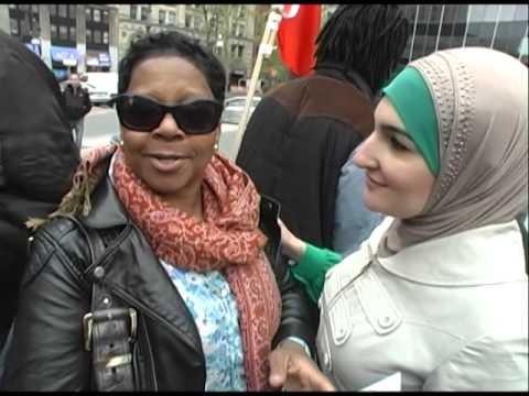 Carol, mother of #KimaniGray thanks #LindaSarsour and Arab community