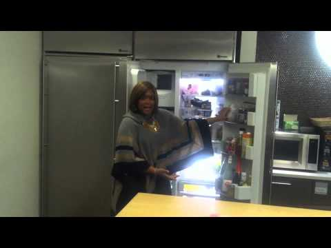 Sunny Anderson Chats About Sunny's Kitchen - YouTube