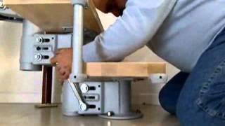 Монтаж итальянской маршевой лестницы Arke Komoda(Лестница KOMODA регулируется по высоте, ширине ступеней и углу поворота. Эта особенность позволяет создавать..., 2012-01-10T11:58:53.000Z)