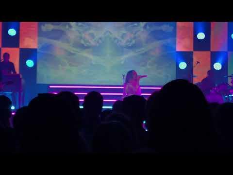 Maren Morris concert live at Riviera theater live part 2 Mp3