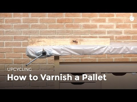 How to Varnish Wood | Upcycling