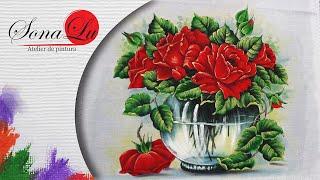 Jarro Transparente com Rosas em Tecido
