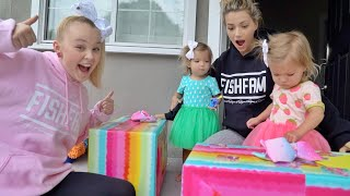 JoJo Siwa brings HUGE SURPRISE! *SECRET*