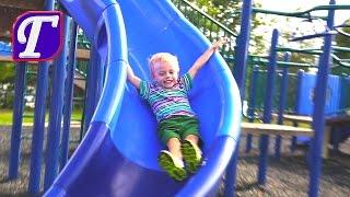 Максим Играет на Детской Площадке в Америке  Весёлое Видео для Детей влог VLOG entertainment