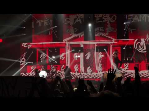 Twenty One Pilots Live (4K) - Stressed Out + Guns for Hands - Sporthalle Hamburg 31.10.2016