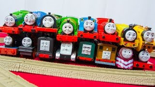 RACE 4 Thomas and Friends TrackMaster Train Collection Fastest Engine Competition