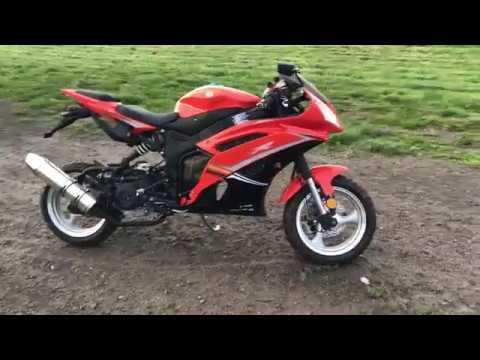 50cc Venom x18 Street Legal Motorcycle Moped Walk Around