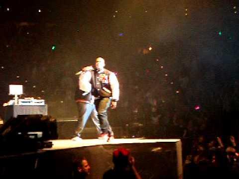 Fire Burning - Sean Kingston LIVE