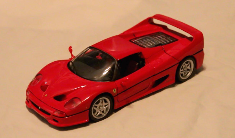 Review - 1:18 Scale Maisto Ferrari F50 - YouTube