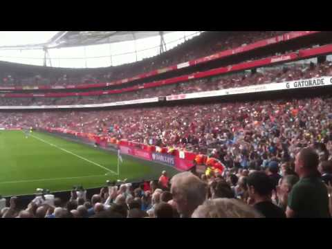 Arsenal v man city Vincent kompany song 13.9.14