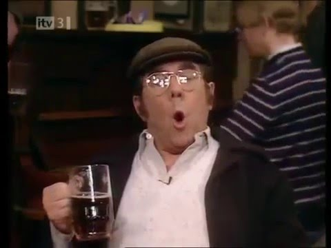 Ronnie Corbett, Ronnie Barker. CLASSIC. Two Ronnies. BEST Down the PUB SONGS sketch. FUNNY MAN.