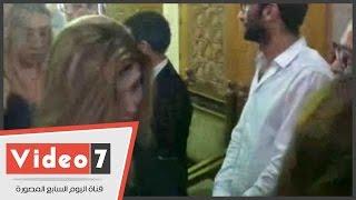 رانيا فريد شوقى وأشرف عبد الغفور فى عزاء رأفت الميهى