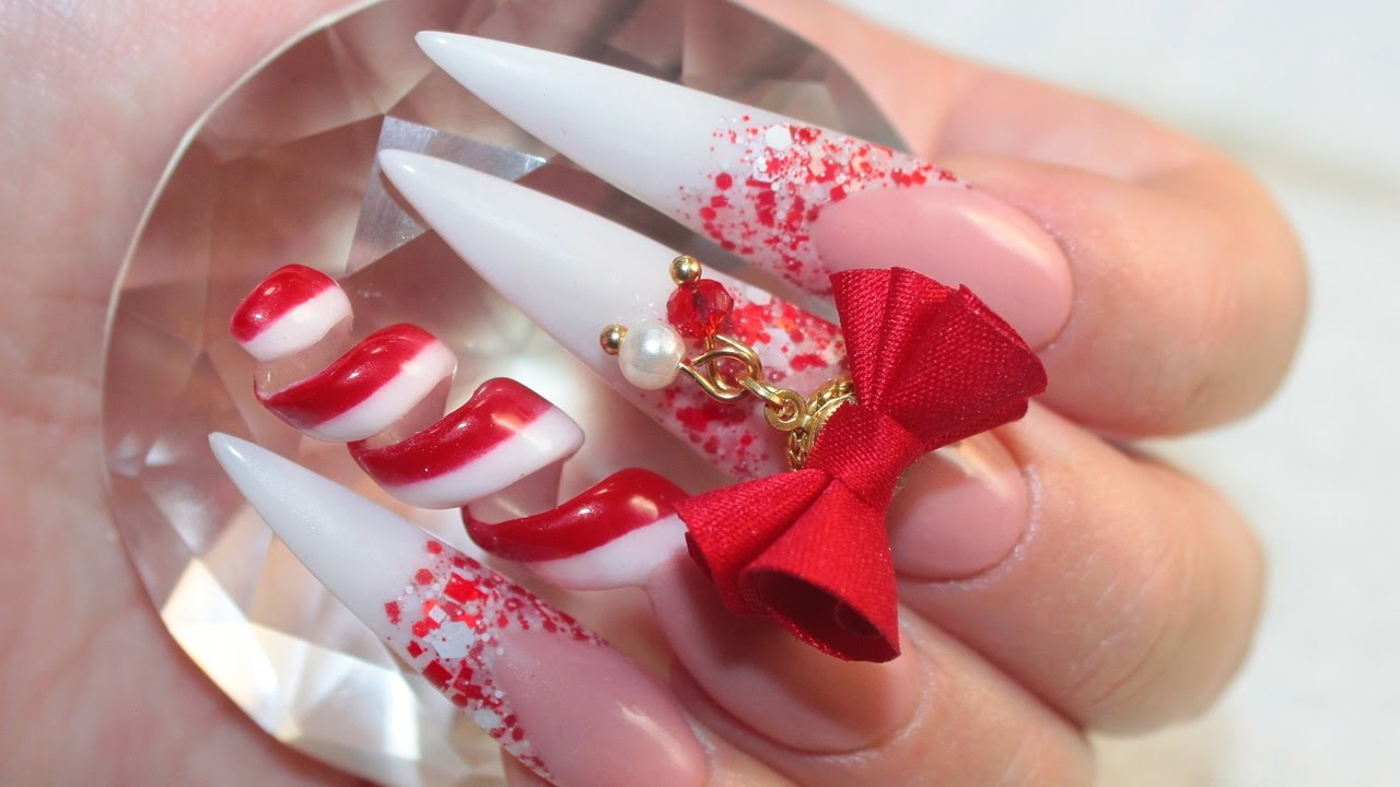 Your nails should be polished to festive perfection and coordinate your outfit for your Christmas dinner or lunch to match the traditional red and green colors Here we have 70 Festive Christmas Nail Art ideas that will surely give you a Christmas season cheerful this year
