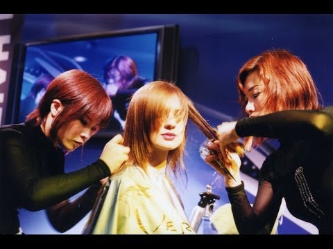 OMC HairWorld Berlin, Deutschland柏林美髮世界盃Frisur.Hair Salon Live Shows雙手飛剪剪髮特技