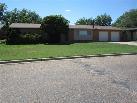 1309 Garland Street Plainview, Texas 79072 MLS# 16-135