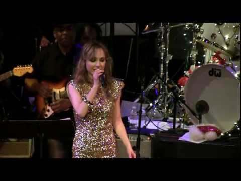 Lara Johnston Sings 'Don't Play That Song' by Aretha Franklin