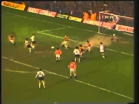 Manchester United 2-2 Dundee United 1984 UEFA CUP