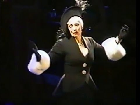 Sunset Blvd - Betty Buckley ACT 2