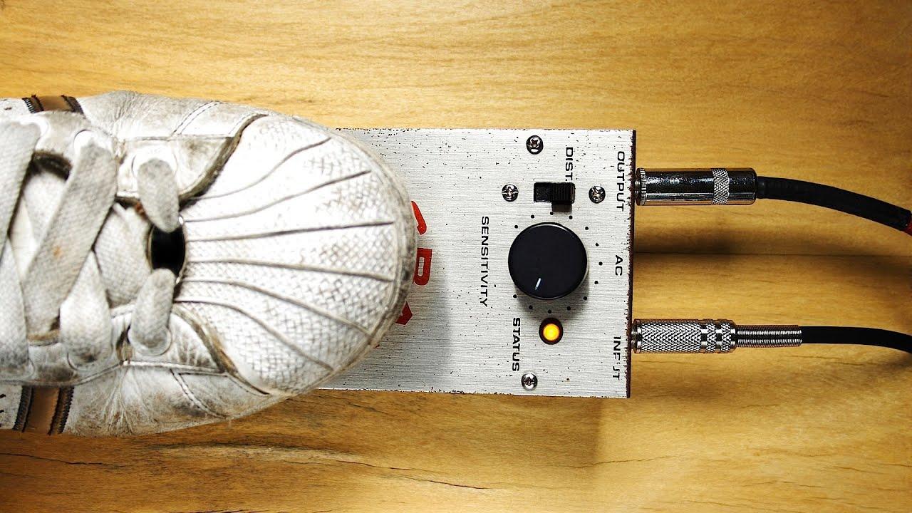 digital pedals vs analog pedals guitar pedals youtube. Black Bedroom Furniture Sets. Home Design Ideas