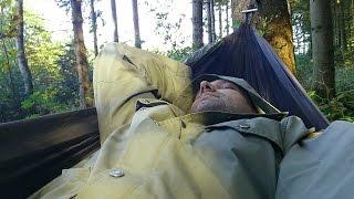 Rast in der Amazonas Hängematte, Ultra Light Moskito Traveller Thermo