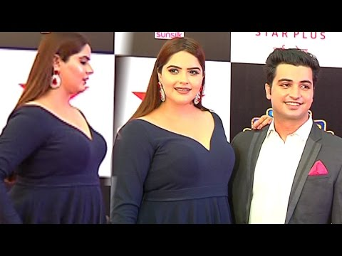 Anjali Anand And Meherzan Mazda दोनो साथ पहुँचे Star Parivaar Awards 2017