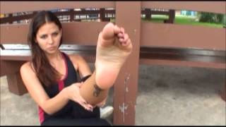 Cali toe pointing and wrinkled soles thumbnail