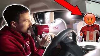 SCREAMING DRIVE THRU ORDERS! (WORKERS COMES OUT)