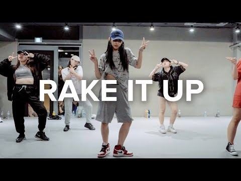 Rake It Up (ft. Nicki Minaj) - Yo Gotti /...